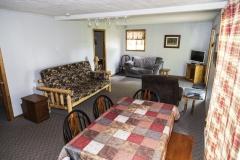 Cabin 5: 2 Bedroom/2 Bath Suite
