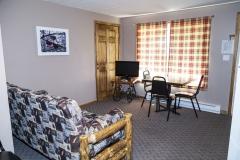 Cabin 6: 1 Bedroom/1 Bath Cabin