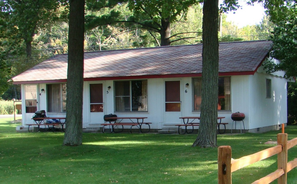 One Bedroom Cabin The Crest Resort On Houghton Lake
