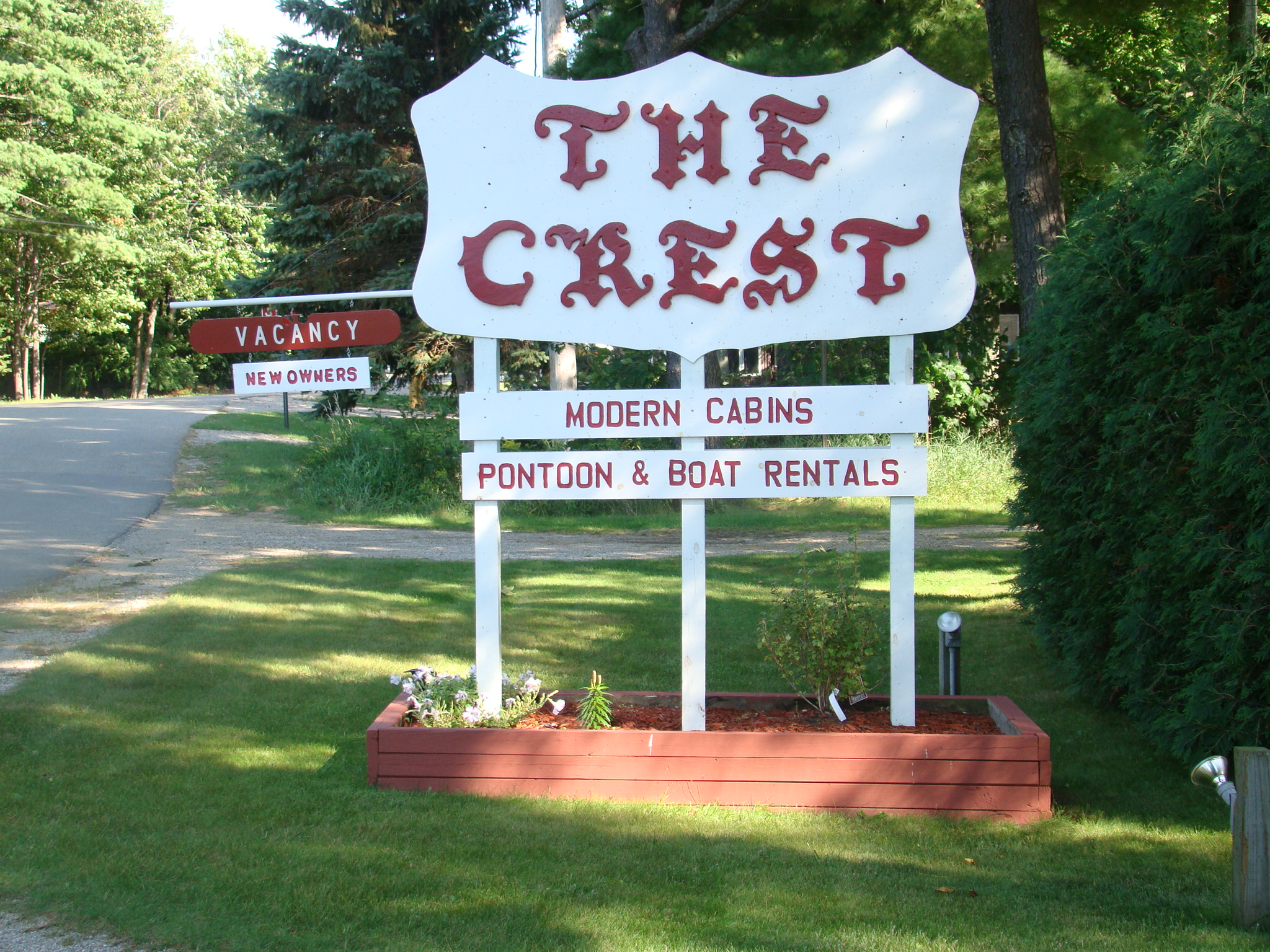 Welcome To The Crest Resort Located On The Northeast Shore Of Beautiful Houghton  Lakeu2026.the U201cquiet Side Of The Lake.u201d We Provide Very Well Maintained And ...